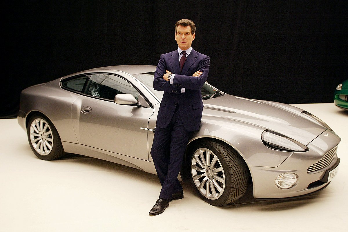 Top 6 James Bond Cars A Place To Hang Your Cape
